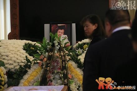 中国小动物保护协会会长芦荻女士离世