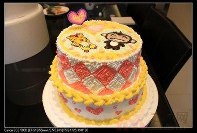 小猴子和小老虎的双层蛋糕