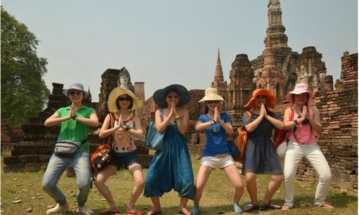 两屌丝携众自驾老挝,泰国过春节!
